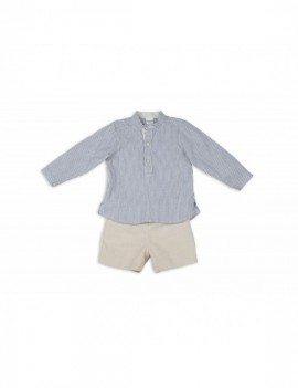 Conjunto pantalón corto pana beige y camisa rayas azulón y blancas